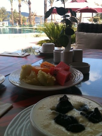 """Vogue Hotel Bodrum: After few days """"full"""" breakfast, I chose the light stuff :) ... Everything is spotless"""