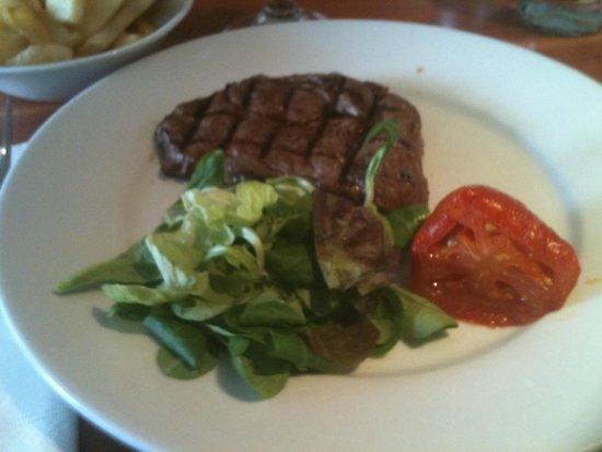 Mussel and Steak Bar: steak