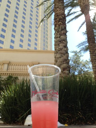 Monte Carlo Resort & Casino: Make sure to order the lemonade frozen drink! Its made with Absolut Cintron.  Tip nicely=stronge