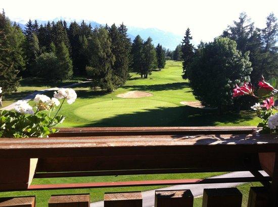 Grand Hotel du Golf & Palace : la vue du balcon sur le golf