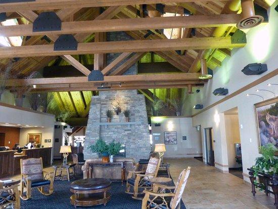 BEST WESTERN PLUS Bryce Canyon Grand Hotel: hall de recepcion