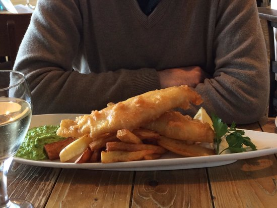 The Old Boat House: Classic fish and chips - what a plateful! Beautifully cooked. Chips were lovely!