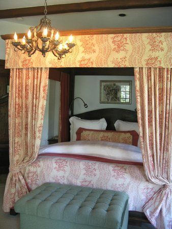 Chateau du Sureau : Our Suite