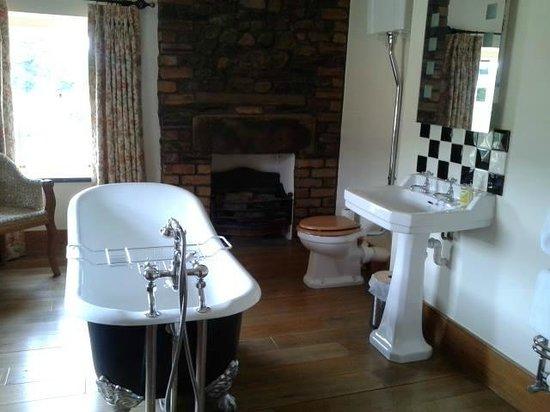 New House Farm: Amazing bathroom