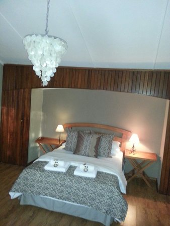 Riverview Spa: ROOM 1. BEAUTIFUL AND ROMANTIC