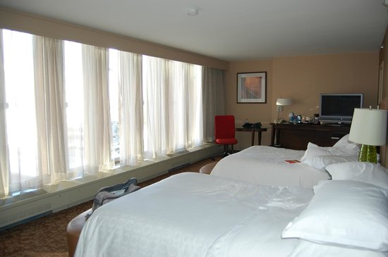 Sheraton Denver Downtown Hotel: Room from Tower