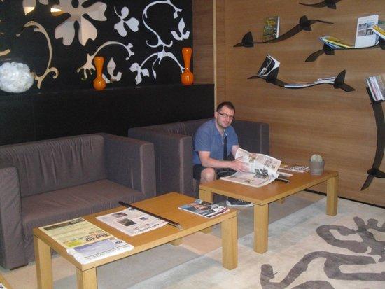 Sanlu Hotel : sala lettura