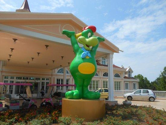 Gardaland Hotel : Facciata dell'hotel