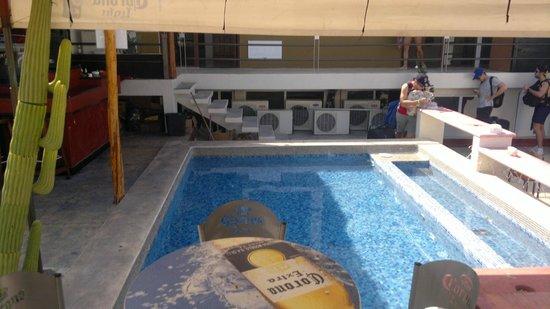 Hostel Rio Playa: linda pero agua sucia