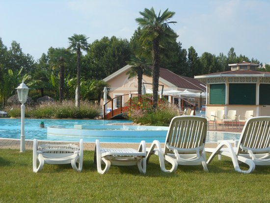 Gardaland Hotel : Piscina1