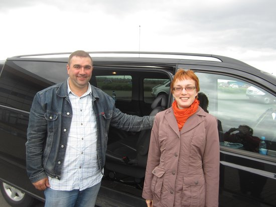 Dancing Bear Tours - Day Tours: Our driver & tour guide