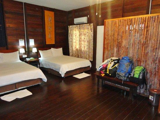 Bilit Rainforest Lodge: Bedroom