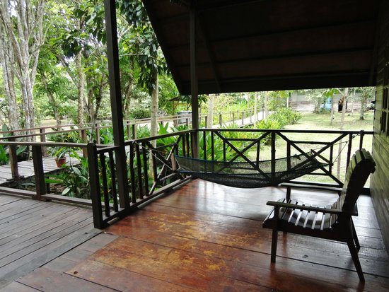 Bilit Rainforest Lodge: Balcony