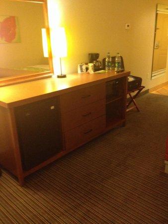 La Quinta Inn & Suites Dallas Love Field: Fridge and microwave are always a plus