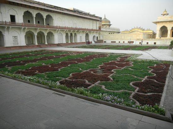 Agra Fort: Jardins privés