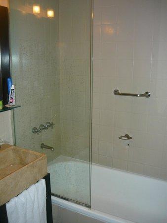 Rochester Hotel Classic: Muito confortável e espaçoso.