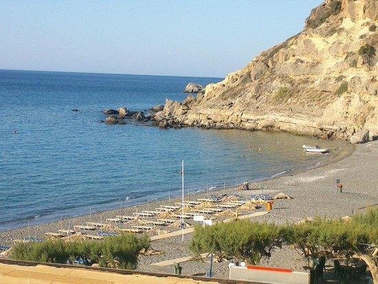 Markos Studios: Beach view from balcony