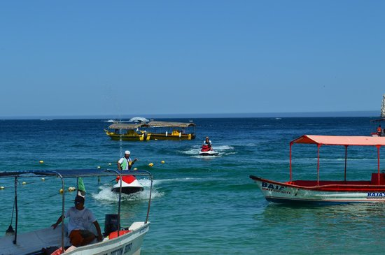 Medano Beach: you can find jet ski and water taxi there