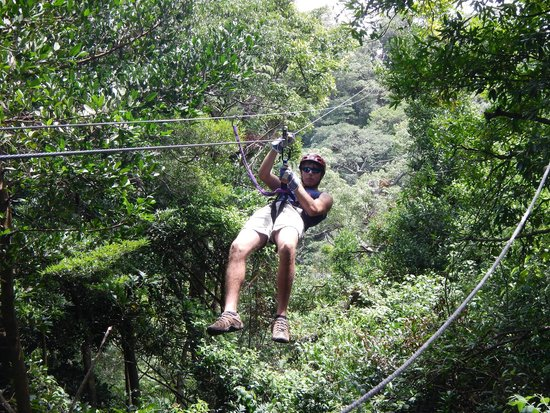 Get Lost In Costa Rica : Nine zip lines and a tarzan swing.