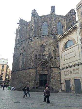 Église Sainte-Marie-de-la-Mer : Parte de atrás