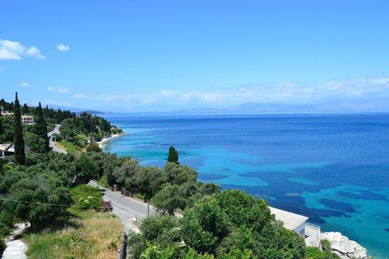 Agios Ioannis Peristeron, Griechenland: вид с крыши отеля