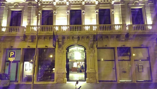 Hotel Acta Atrium Palace : outside night time view