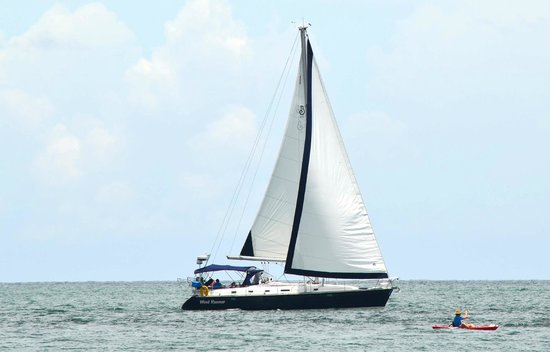 Miami Sailing - Private Day Charters: Ocean Sailing - blue water sailing - only from South Beach
