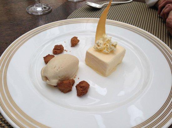 Augustine Restaurant : Popcorn parfait with chanterelle ice cream