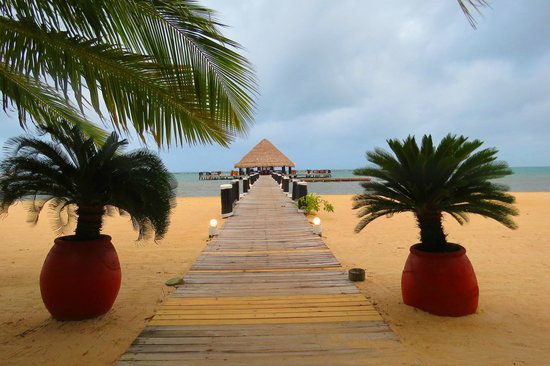 The Placencia Hotel and Residences: Pier Bar