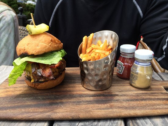 The Bicycle Thief: Best burgers in Nova Scotia