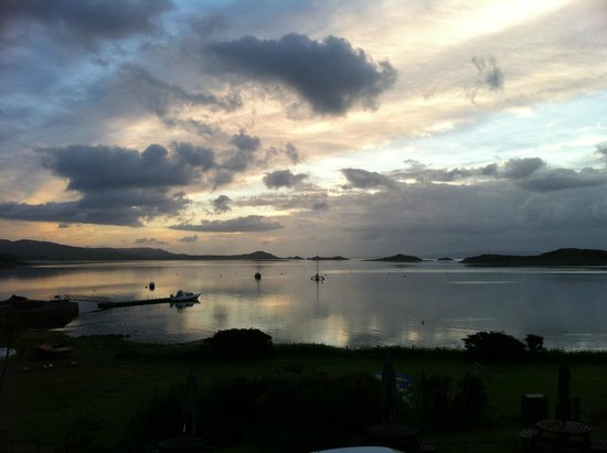 Jura Hotel : morning view of the bay