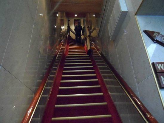 Hotel Nadia: escada