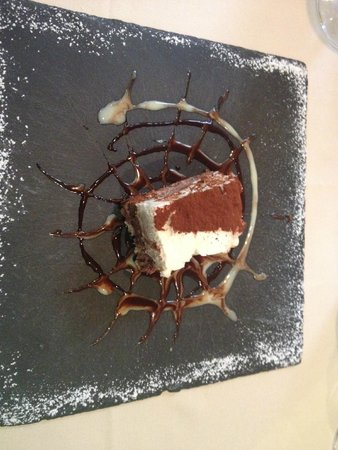 La Coupole : Chocolate dessert, recomended