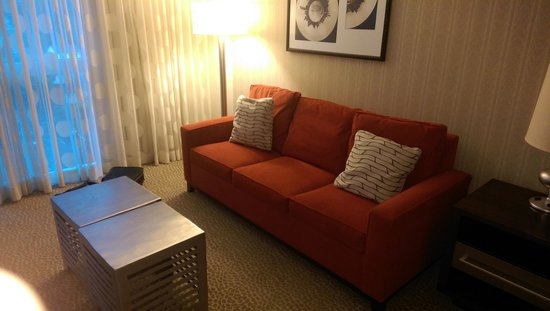Renaissance Newark Airport Hotel: King room