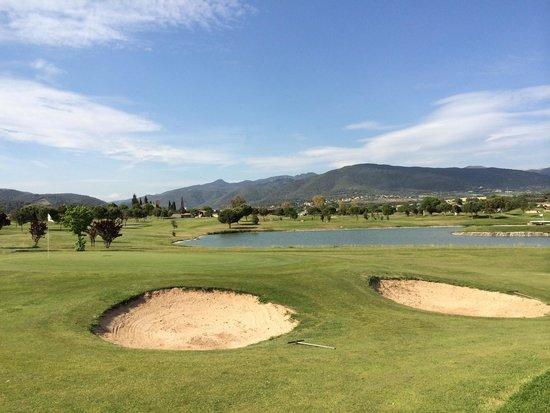 Golf Par3 - Pitch & Putt Barcelona - La Garriga: Muy buen estado!