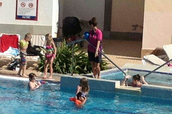 Broncemar Beach: Kids entertainment
