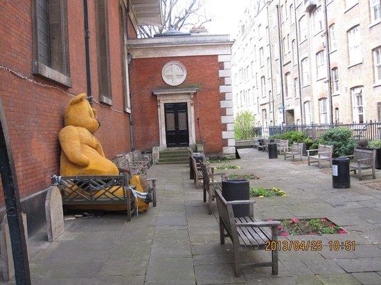 Covent Garden: ご近所のくまさん、、⁈