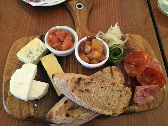 The House: Cheese platter.....wonderful!