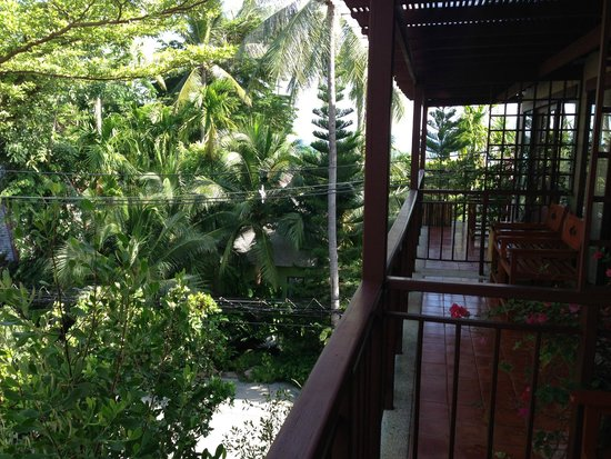 Baan Haad Ngam Boutique Resort & Villas : View from our room, particularly beautiful when it rained :) gorgeous monsoon rain