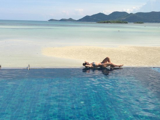Baan Haad Ngam Boutique Resort & Villas : Infinity pool
