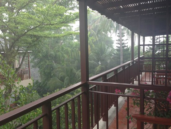 Baan Haad Ngam Boutique Resort & Villas : View from room when it rained...beautiful