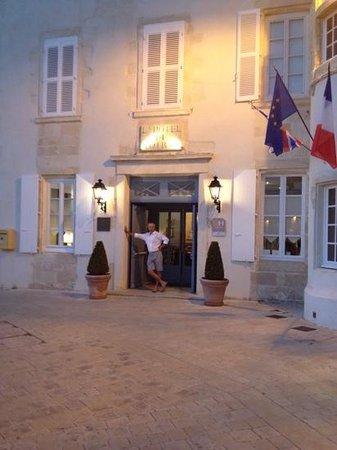 Hotel de Toiras : Hotel entrance