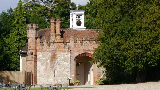 Farnham Castle : The Gatehouse