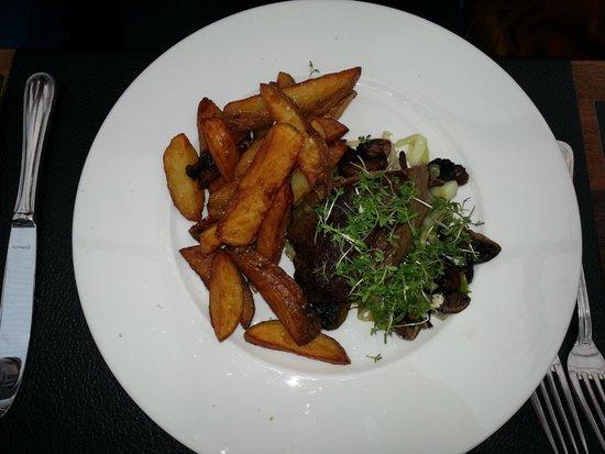 Restaurant Prinses Juliana.: Filetto di manzo con patate.