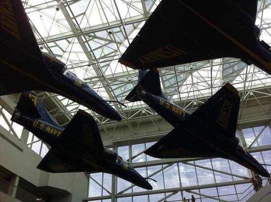 Pensacola Naval Air Station: blue angels