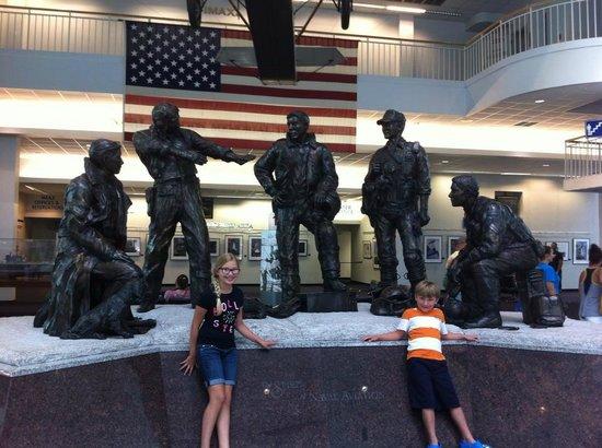 Pensacola Naval Air Station: statue upon entering
