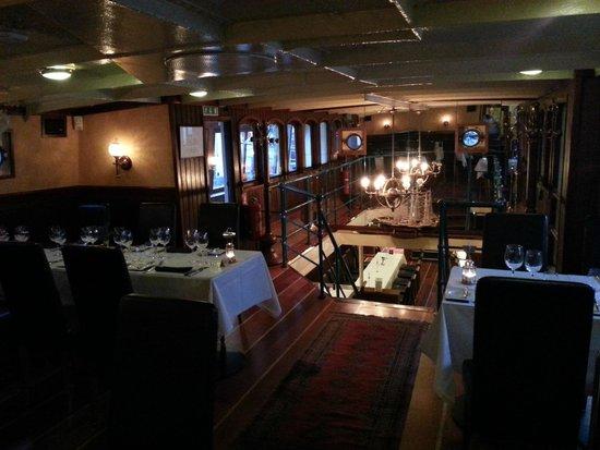 Restaurant Prinses Juliana.: L'interno del ristrorante.