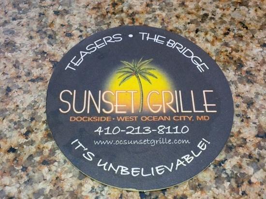 Sunset Grille: Restaurant and multiple bars.