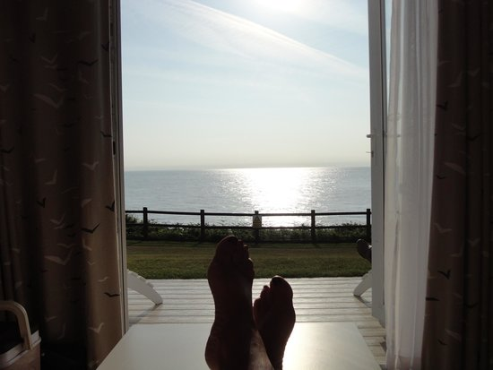Warner Leisure Hotels - Corton Coastal Holiday Village: Sun coming up and into our clifftop lodge