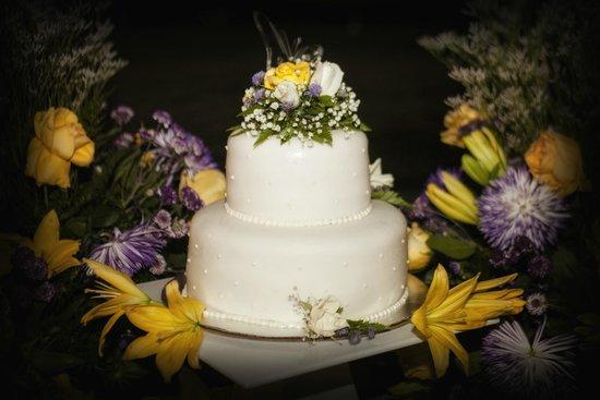 Las Perlas Hotel & Resort Playa Blanca: Special made Wedding Cake